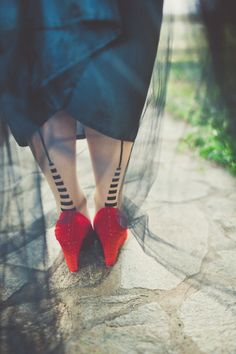 Wizard of Oz wedding // photo by Sarah Kathleen // http://ruffledblog.com/wizard-of-oz-wedding-inspiration