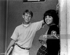 """Ron Howard and Cindy Williams as high school sweethearts in a scene from the Universal City Studios production of """"American Graffiti"""" in 1973 in Northern California. Get premium, high resolution news photos at Getty Images Teen Movies, Good Movies, The Cooler Movie, Linda Vaughn, Cindy Williams, Ron Howard, American Graffiti, 32 Ford, High School Sweethearts"""