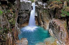 龍神の滝 - Google 検索