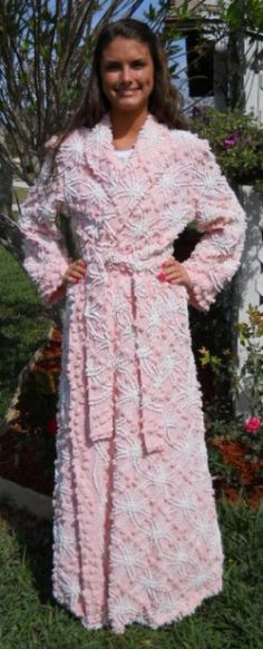 I try to keep many one of a kind chenille robes in two styles, vintage and traditional, available for sale. All are hand made from vintage chenille bedspreads by myself and all are cotton unless otherwise noted in the description. Chenille Crafts, Chenille Bedspread, Luxury Bath, Different Fabrics, Towel Set, Pink Fashion, Bed Spreads, Vintage Looks, Bath Towels