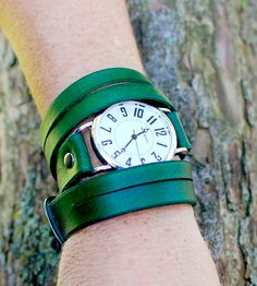 Split Triple-Wrap Green Wrist Watch