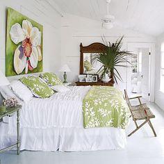 pretty                                                                                                                                                           White cottage Bedroom                                                                    ..