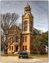 Llano ,Texas County Courthouse! Love LLANO, once was invited to a roping on a ranch there and George Strait and Bubba were there, nice people
