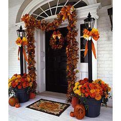 Beautiful Fall Entryway!