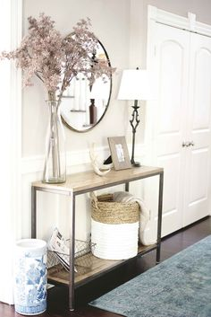 This Home Tour is Giving Us Major Shelfie Goals Entryway Decor Ideas giving Goals Home Major Shelfie Tour Coastal Entryway, Entryway Decor, Entryway Ideas, Hallway Table Decor, Console Table Decor, Entry Foyer, Entry Table Mirror, Hallway Entrance Ideas, Small Entrance Halls