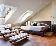 Un dormitorio en la buhardilla: zona de descanso