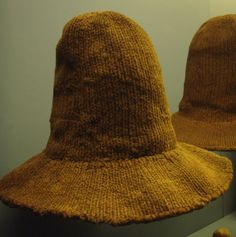 "Wool knitted hat w/double brim, 16th/17th c, excavated in Copenhagen. ""Knit from above in one piece with the brim, which is double knit and cast off at the edge. Originally the hats have been fulled so that they resembled felt, and perhaps they were dyed."" -Poul Grinder Hansen on Goodwyfe blog.  Danish National Museum."