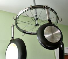 Old bicycle wheel as pot and pan hanger (projects, crafts, DIY, do it yourself, interior design, home decor, fun, creative, uses, use, ideas, inspiration, 3R's, reduce, reuse, recycle, used, upcycle, repurpose, handmade, homemade, kitchen, holder, storage, organising)