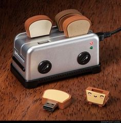 Let's Toast a USB.. Funny Gadget but super useful! I want this for my future interior design office ;)