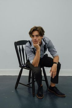 there's one thing you need to know about me: I've obsessed over cole sprouse since I was 11 I'm mad heart eyes for him