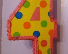 Número Cuatro Piñata para Dorian
