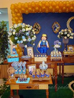 ... Prince Birthday Party, Snow Globes, Table Decorations, Yuri, Party Backdrops, Ideas Aniversario, Christening, Princesses, Party
