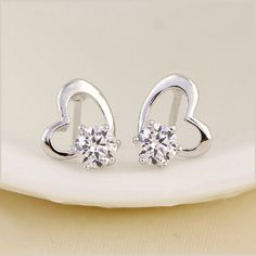 $21.99 【Fashion and Cute Heart - Shaped Earrings with Dazzling Cubic Zirconia】