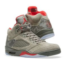new product 988bc b9718 Nike Air Jordan 5 Retro