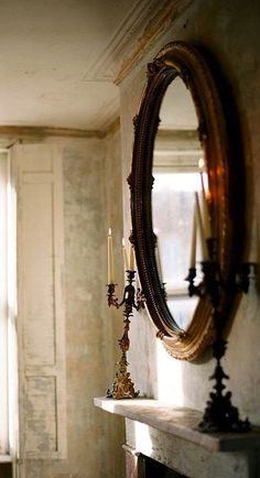 Ysvoice: Antique Mirror - London Bridal Via. London Bride, London Wedding, Piece A Vivre, Home Living, Living Room, Hearth, Decoration, Sweet Home, Old Houses