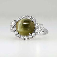 Rare Art Deco 5.53ct t.w. Chrysoberyl Cat's Eye & Diamond Ring Platinum | Antique & Estate Jewelry | Jewelry Finds