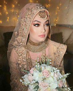 bridal jewelry for the radiant bride Hijabi Wedding, Muslimah Wedding Dress, Pakistani Wedding Outfits, Muslim Brides, Pakistani Wedding Dresses, Bridal Outfits, Wedding Abaya, Asian Wedding Dress, Muslim Couples