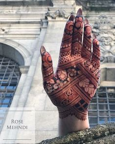 Short Mehndi Design, Palm Henna Designs, Palm Mehndi Design, Indian Henna Designs, Mehandhi Designs, Basic Mehndi Designs, Legs Mehndi Design, Mehndi Designs Feet, Latest Bridal Mehndi Designs