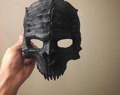 Creepy Masks, Cool Masks, Horror Halloween Costumes, Halloween Masks, Demon Costume, Skull Reference, Paper Mache Mask, Skull Artwork, Skull Drawings