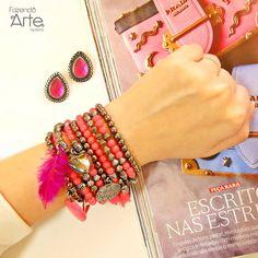 Mix em tom de pink para um look poderoso e super feminino! Garanta esse look Kit brinco Ura Rosa + Kit Pulseira Laguna Rosa por apenas R$28,55!!!! Monte seus acessórios e se divirta!!! ;)  www.fazendoartebijuterias.com.br