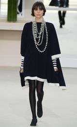 Défilés Chanel AUTOMNE-HIVER 2016-2017 61