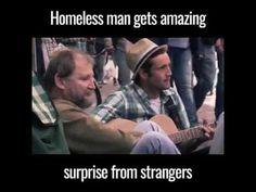 Un sans abri se fait surprendre par l'acte charitable de 3 personnes - http://www.youtube.com/watch?v=7FgMQHW0dZo