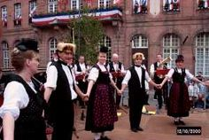 Festivités folkloriques de Pentecôte - Tourisme en Alsace - ADT du Bas-Rhin