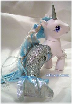 Aquarella - Custom Pony Merpony/Mericorn by Aikarin Funky Style, Kids Frocks Design, Twisted Disney, Disney Fantasy, Polymer Clay Animals, 80s Party, Fantasy Dragon, Rug Ideas, Funky Fashion