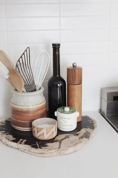 - A mix of mid-century modern, bohemian, and industrial interior style. Home and apartment decor, decoration ideas, home Room Interior Design, Kitchen Interior, Interior Styling, Design Bedroom, Interior Ideas, Boho Kitchen, Kitchen Decor, Kitchen Design, Kitchen Countertop Decor