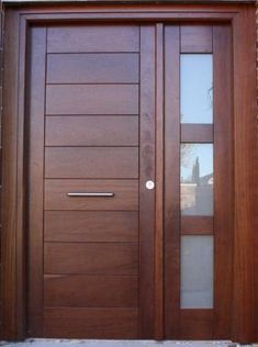 Puerta exterior-madera y cristal