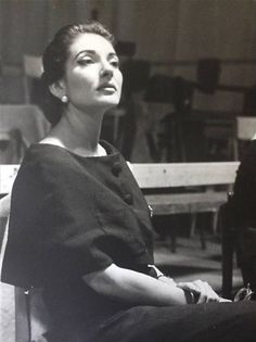 Maria Callas, the Greek Beauty.                                                                                                                                                     Más