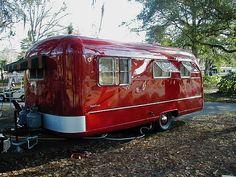 Caravan Vintage, Vw Vintage, Vintage Campers Trailers, Retro Campers, Vintage Caravans, Camper Trailers, Vintage Airstream, Vintage Motorhome, Rv Trailer