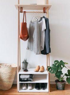 Tutorial de como fazer uma arara de roupas linda e super prática para o quarto! Ótima para colocar as roupas que vai usar no dia seguinte ou peças que mais usa!