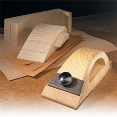 Custom Sanding Block Woodsmith Tips Sanding Wood, Sanding Block, Beginner Woodworking Projects, Fine Woodworking, Popular Woodworking, Woodworking Furniture, Woodworking Articles, Custom Woodworking, Furniture Plans