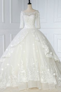 Wedding Dresses Ball Gown, Glamorous Tulle Bateau Necklone Ball Gown Wedding Dress With Lace Appliques & Beadings DressilyMe Western Wedding Dresses, Wedding Dress Train, Classic Wedding Dress, Sexy Wedding Dresses, Bridal Dresses, Wedding Gowns, Tulle Wedding, Elegant Dresses, Wedding Venues