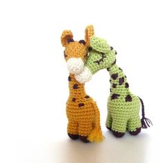 Dreamy Giraffes  Amigurumi Pattern by irenestrange on Etsy, $4.00.  Sooooo cute!