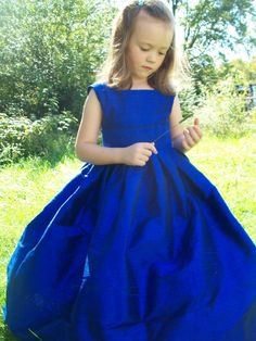 Flower Girl Dress    Keywords: #royalblueweddings #jevelweddingplanning Follow Us: www.jevelweddingplanning.com  www.facebook.com/jevelweddingplanning/