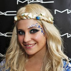 Get Pixie Lott's Isle of Wight Festival Makeup Look