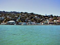 Google Image Result for http://www.boatingsf.com/photos/firstbatch/sausalito-03.jpg
