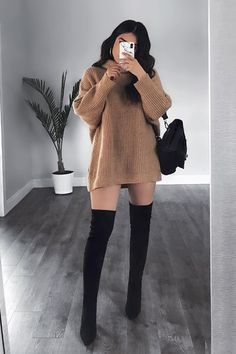 22 Perfect Fall Outfits For College Outfits 2019 Outfits casual Outfits for moms Outfits for school Outfits for teen girls Outfits for work Outfits with hats Outfits women Cute Casual Outfits, Sporty Outfits, Mode Outfits, Stylish Outfits, Comfortable Outfits, Grunge Outfits, Winter Fashion Outfits, Look Fashion, Modern Fashion Outfits