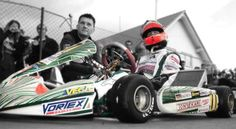 Why you could be karting…right now. Race Car Birthday, Cars Birthday Parties, Cars Party Favors, Race Car Party, Michael Schumacher, Karting, Go Kart, Ferrari, Vehicles