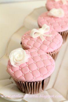 Cupcakes Comunión/Cupcakes Boda/Cupcakes nupciales                                                                                                                                                                                 Más
