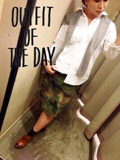 カーデ×シャツ×スカート