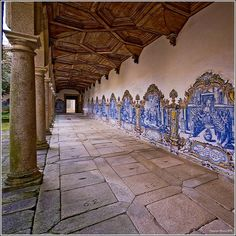Condé Nast Traveller Chose Portugal As The Best European Destination Portuguese Culture, Portuguese Tiles, Portugal Places To Visit, Places To Go, Braga Portugal, Douro, European Destination, Portugal Travel, Most Beautiful Cities