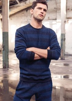 American model Sean O'Pry looks ready for summer with this new advertising campaign from Bloomingdale's. Sean keeps it casual with some sporty vibes including… New Outfits, Sport Outfits, Cool Outfits, Royal Fashion, Mens Fashion, Daily Fashion, Sean O'pry, Handsome Male Models, Male Poses