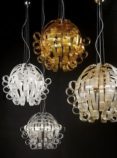 Modern glass ceiling pendants from  Venini. They're made from Murano glass and come in 9 colours and 2 sizes. To find out more, please click here: http://www.italian-lighting-centre.co.uk/murano-glass-ceiling-lights/modern-murano-glass-ceiling-pendant-with-choice-colours-p-7050.html#.VToxFvnF9j8
