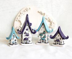 Houses of tiny fairies – 26 by vavaleff.devianta… on Houses of tiny fairies – 26 by vavaleff. Clay Fairy House, Fairy Houses, Polymer Clay Miniatures, Polymer Clay Projects, Ceramic Clay, Ceramic Pottery, Clay Fairies, Clay Houses, Fairy Furniture
