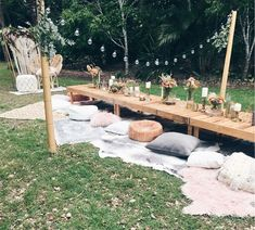 Picnic Party Ideas – Oh It's Perfect Picnic Party Ideas Oh It's Perfect Outdoor Dinner Parties, Garden Parties, Boho Garden Party, Picnic Parties, Picnic Party Decorations, Bohemian Party Decorations, Backyard Parties, Picnic Set, Picnic In The Park