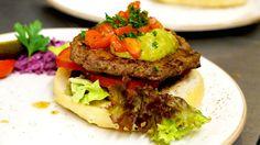 Wöchentlich wechselnder Topless Burger zum Lunch - 100 % handmade aus frischen, feinsten Zutaten, mit Beilagensalat - Weitere Angebote in der Region Aschaffenburg findet Ihr über #lisasangeboteab und bei Lisa direkt @ https://angebote.lokalisa.de/?region=aschaffenburg