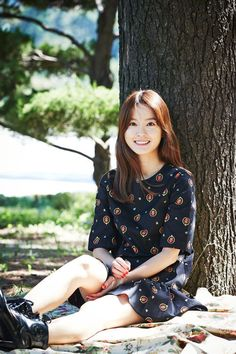 4 #JungYumi Korean Actresses, Korean Actors, Actors & Actresses, Zombie Movies, Holy Chic, Five Star Hotel, Celebs, Celebrities, Beautiful Actresses